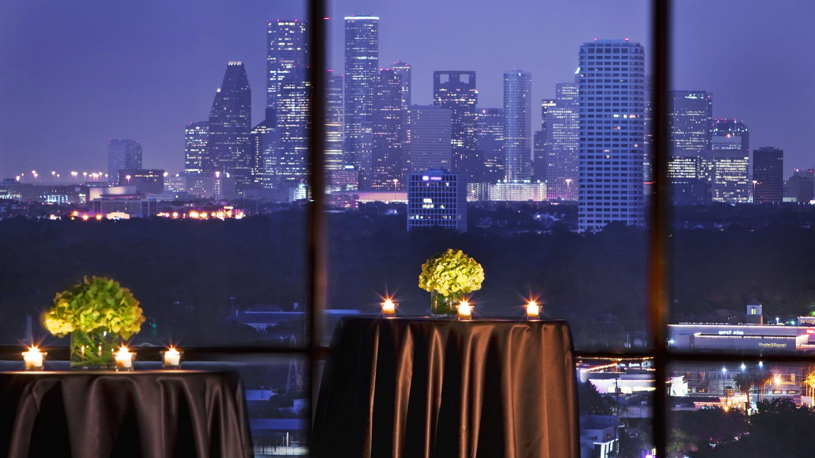 Wedding venues in houston the westin oaks houston at the galleria the westin oaks houston at the galleria the roof junglespirit