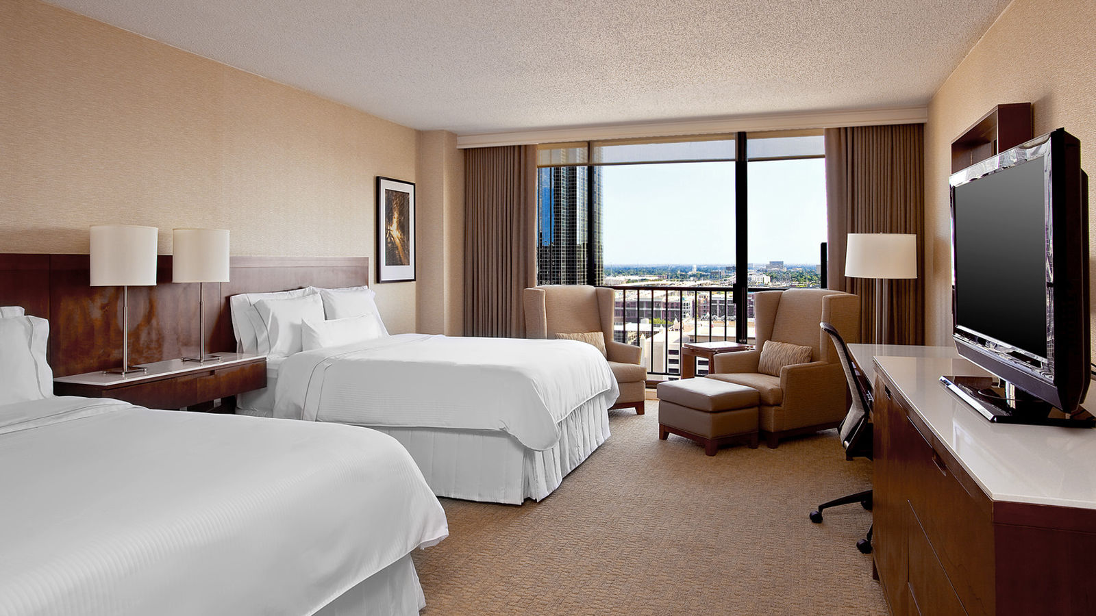 Deluxe Rooms | The Westin Oaks Houston at the Galleria