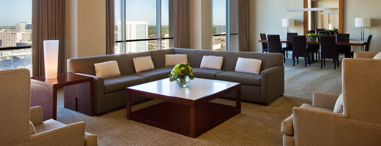 Hotel Accomodations in Houston - Crown Suite - The Westin Oaks Houston at the Galleria